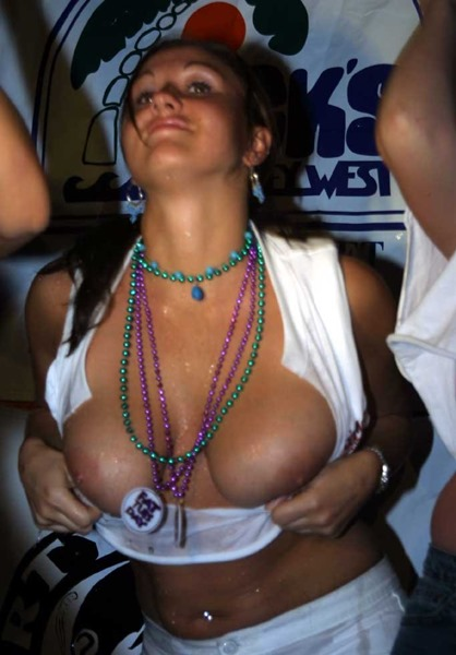 bikini-voyeur-sexy-brunette-flashing-boobs-at-party